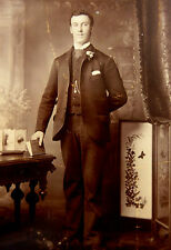 1880s Victorian Cabinet Card Photograph Portrait by H Gude of Maidenhead