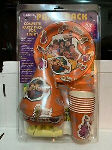 VINTAGE 1994 The FLINTSTONES Movie Party Pack 65 PIECE KIT Original PACKAGING