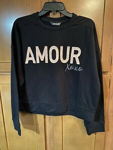 New!Never Worn!XOXO Black Amour XOXO Cropped Sweatshirt. Size M. Real Cute!