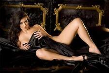 Kim Kardashian Hot Glossy Photo No240