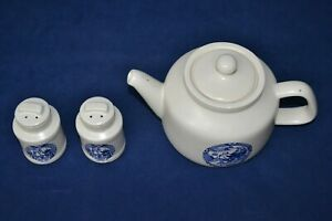 Vintage McCoy Blue Willow Teapot and Salt Pepper Shakers