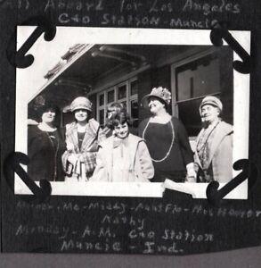 VINTAGE PHOTOGRAPH 1910-30'S GIRLS RAILROAD/TRAIN STATION MUNCIE INDIANA PHOTO