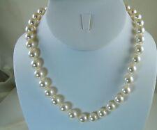 White Sim. Pearl Necklace Kirks Folly Moon Glow