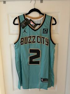 NWT-L LAMELO BALL CHARLOTTE HORNETS BUZZ CITY JORDAN NBA SWINGMAN NIKE JERSEY