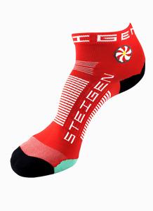 Steigen Cherry Red Quarter Length Performance Running and Cycling Socks