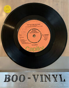 Tavares - One Step Away / Out Of The Picture - UK DEMO / PROMO soul / Funk 45