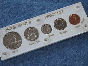 1963 United States Silver Gem Proof Set in White Lucite E0229