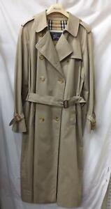 Burberry Lady's Rain Mac Vintage Jacket UK 12 Regular (17)