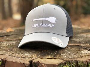 Patagonia - LIVE SIMPLY - SPORK trucker Hat - Drifter Grey - Rare New