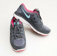 FAB ladies 'NIKE' DUAL FUSION TRAINERS Size uk 5 (GREY/PINK/BLUE) RUNNING