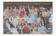 Estrellas famosas de música de Hollywood hoja de sellos estampillada sin montar o nunca montada-Beatles Brando Madonna Chaplin