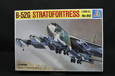 XZ080 ITALERI 1/200 maquette avion 851 B-52 Stratofortress B52 Ptitoys