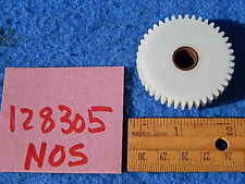 Wurlitzer 3400 3500 3600 3700 3800 1050 Selection Accumulator Gear # 128305 NOS