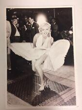 80s Postcard - Marilyn Monroe 1954 Seven Year Itch skirt scene Santoro