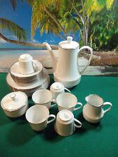 21 PIECE SET OF WINTERLING KIRCHENLOMITZ BAVARIA WESTERN GERMANY TEA SET
