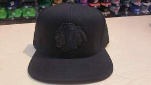 Mitchell & Ness NHL Chicago Blackhawks Team Logo Blacked Out Fitted Cap Hat