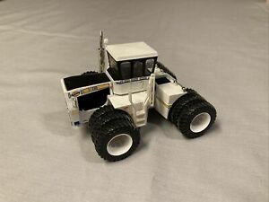1/64 Top Shelf Custom Montana Centennial Big Bud 4WD 525/50 Tractor w/ Triples
