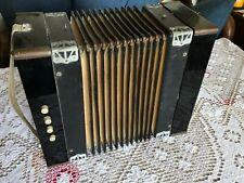 Altes (Knopf) Akkordeon Ziehharmonika ca.1920