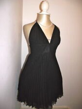 Patternless Sleeveless Dresses for Women with Pleated