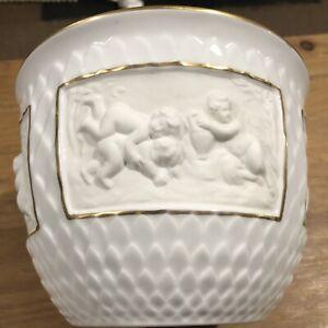 Vista Alegre Porcelain China Jardinere Beautiful Cherubs P2165