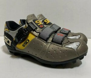 SIDI Cycling Shoes Women's Size 39 (US 6) Great Condition !!