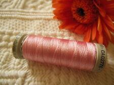 bobine FIL à broder Gutermann 200 m rose lumineux  col 5185 couture