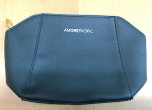 Amore Pacific Green Gold Makeup Travel Bag ONLY NEW