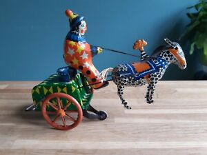 VINTAGE TIN TOY WINDUP RUSSIAN LEHMANN HORSE CART WITH CLOWN
