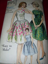 1961 VOGUE #5256 - LADIES ~ EASY ~ DAY or EVENING DRESS w/POOF SKIRT PATTERN  14