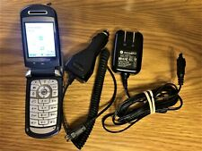 Motorola V series V710 - Silver Verizon Cellular Phone w/ AC + Car Power Adapter