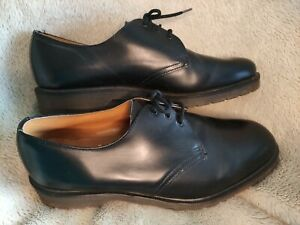 DOC MARTENS SHOES SIZE 9 R GRIGGS ENGLAND ROYAL MAIL ISSUE 1990