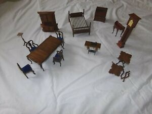 VTG DOLLHOUSE FURNITURE LOT BED TABLE CHAIRS CLOCK DESK SEWING MACHINE 14 PCS