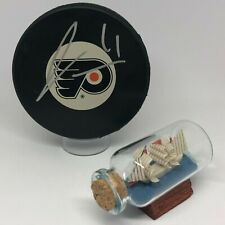 James Van Riemsdyk signed Flyers Logo Hockey Puck JSA COA A1301