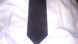 $250 NWT Tom Ford  Pattern 100% Silk Neck Tie Made in Italy