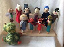 Le petit Garçon Et Sa Planet- lot des marionnettes, fait main en laine feutree
