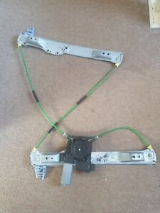 VAUXHALL CORSA D 3 DOOR DRIVER SIDE FRONT WINDOW REGULATOR AND MOTOR 2006-2014