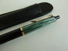 Pelikan K200 - Kugelschreiber - grün/schwarz -