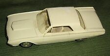 Vintage 1962 Ford Thunderbird Sports Car,V-8,300 Hp,1:25 Scale,Car Dealer Promo