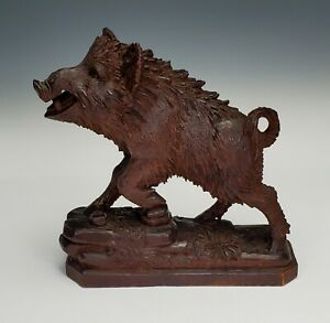 ANTIQUE 19th C. BLACK FOREST CARVED WOODEN FIGURE MODEL OF A WILD BOAR