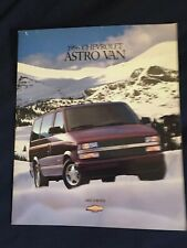 MINT 1998 CHEVROLET CHEVY METRO 21 PAGE SALES BROCHURE