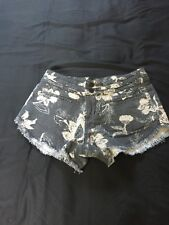 Free People Shorts Size 4 Gray with White Flowered