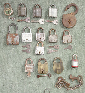 15x Old Vintage Pad Locks Most with their keys SQUIRE UNION ABUS