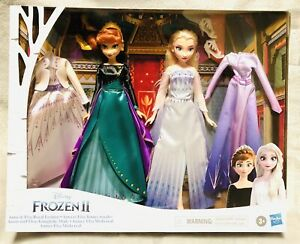 NEW Disney Frozen 2 Anna and Elsa Royal Fashion Clothes and Accessories Play Set