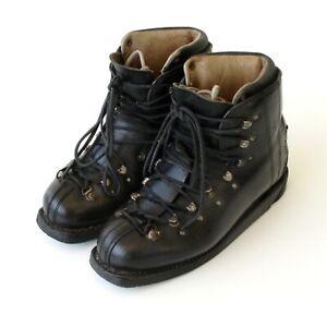 Chaussures de ski  ancienne - Double laçage - Taille 42 - Idéale déco loft