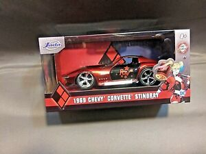 """1969 CHEVROLET CORVETTE STINGRAY """"HARLEY QUINN"""" DC COMICS 1/32 MODEL JADA 32095"""