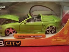 Jada 2002 Ford Mustang  convertible  1/24 scale NIB 2003 release HTF