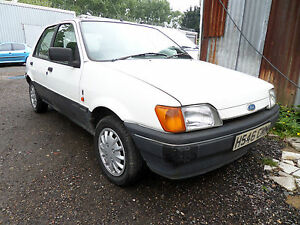 Ford Fiesta mk3 1.4 CVH AUTO white breaking spares SIDE REPEATER rs xr CVH N