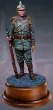 COLLECTORS SHOWCASE 120MM STATUETTE CS16005 WW1 GERMAN LANDSER AT EASE MIB