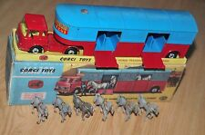 CORGI TOYS CHIPPERFIELDS CIRCUS NR. 1130 PFERDETRANSPORTER IN BOX mit 6 PFERDEN