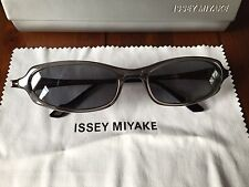 Issey Miyake Grey Oval Sunglasses Model IM011 With Case & Cloth RRP £200!